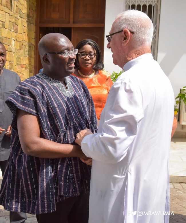 father campbell praises vice president dr. bawumia's treatment of lepers: he made me the happiest man - bawumia campell - Father Campbell Praises Vice President Dr. Bawumia's Treatment Of Lepers: He Made Me The Happiest Man