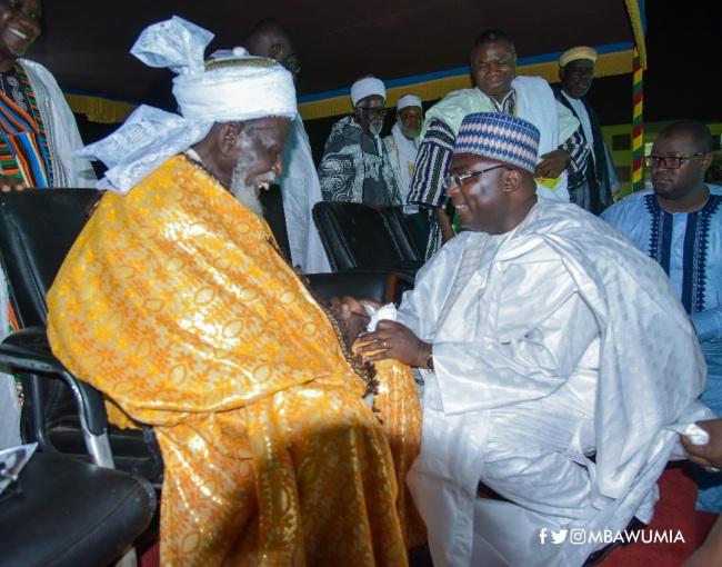 National Chief Imam, Sheikh Osman Nuhu Sharubutu Honours Vice President Dr. Bawumia - bawumia chief imam - National Chief Imam, Sheikh Osman Nuhu Sharubutu Honours Vice President Dr. Bawumia